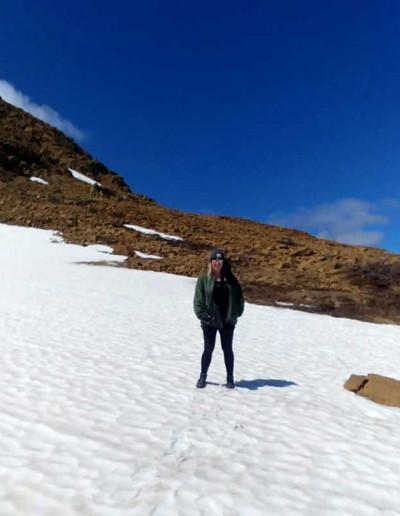 Schnee in den Tablelands im Gros Morne Nationalpark in Neufundland